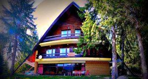 2779_gorski_ray_hut